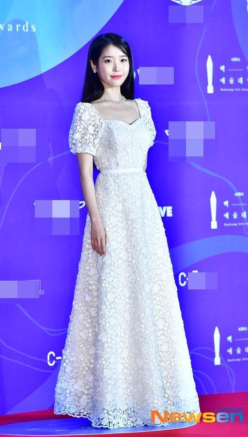 Thảm đỏ Baeksang 2019: Suzy tăng cân vẫn xuất sắc tranh spotlight với nữ thần IU-5