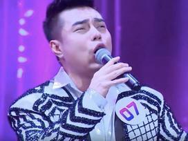 Đảm nhiệm vai trò khách mời gameshow, Lê Dương Bảo Lâm khiến người xem khó chịu vì liên tục chế lời ca khúc kinh điển