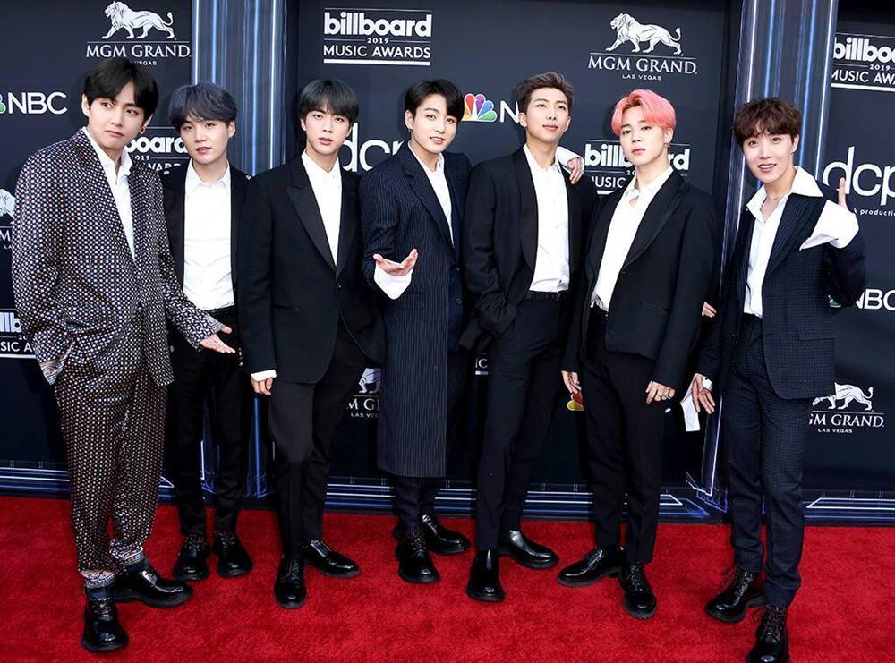 Ẵm trọn bộ đôi cúp vàng Billboard Music Awards 2019, BTS lập kỳ tích chưa từng xảy ra trong làng nhạc Hàn Quốc-1