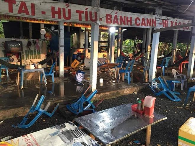 Chặt chém rồi đánh khách chảy máu đầu, quán ăn ở Long An bị đập phá-2
