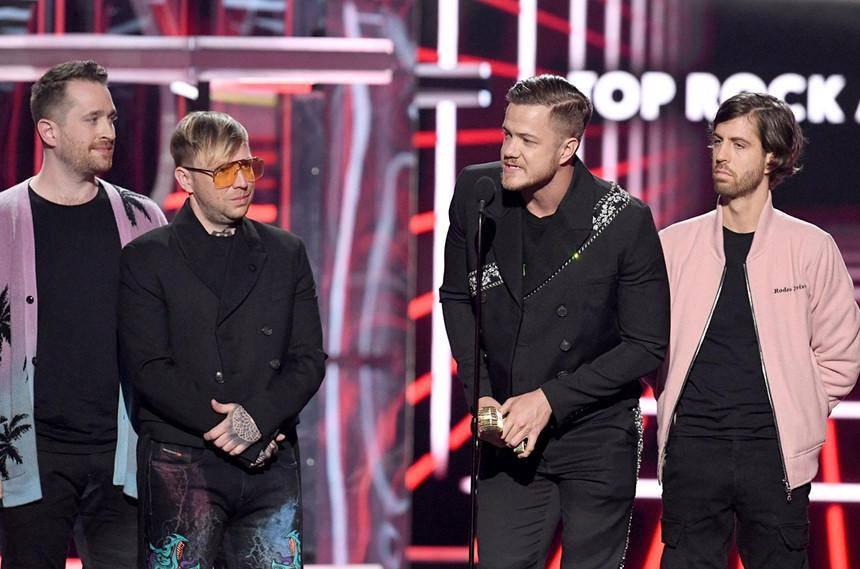 Loạt khoảnh khắc khó quên tại lễ trao giải Billboard Music Awards-5