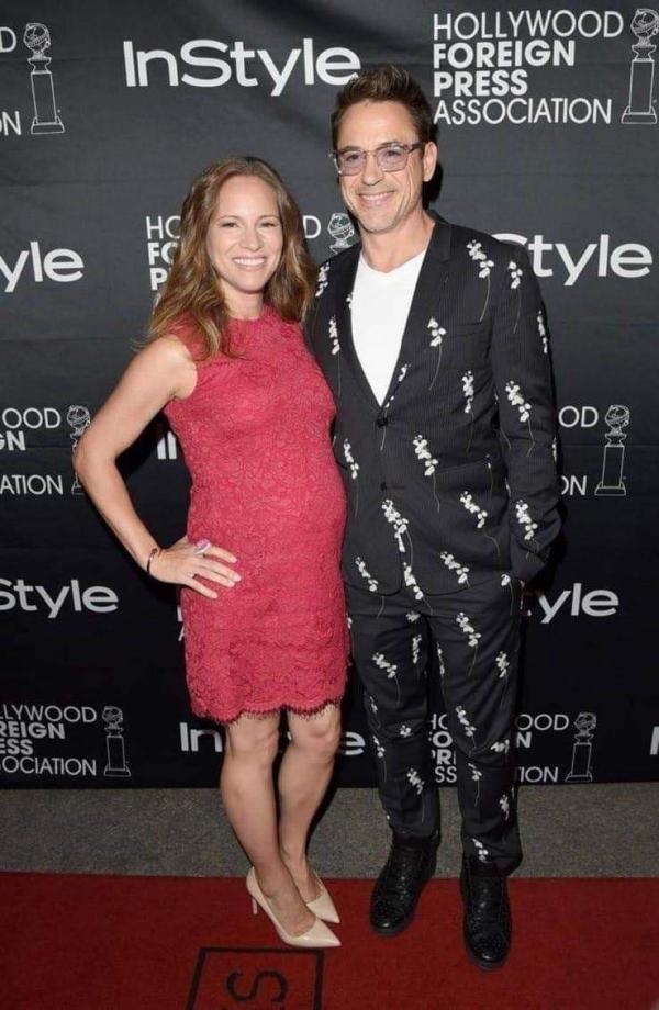 Hoa mắt với thời trang ngoài đời của Iron Man Robert Downey Jr: đố ai tìm được màu nào chú đây chưa thử?-4