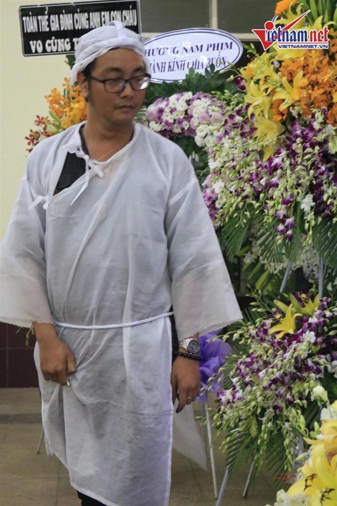 Con trai nghệ sĩ Lê Bình: Ba muốn rải tro cốt xuống biển Vũng Tàu để không phiền con cháu đời sau-1