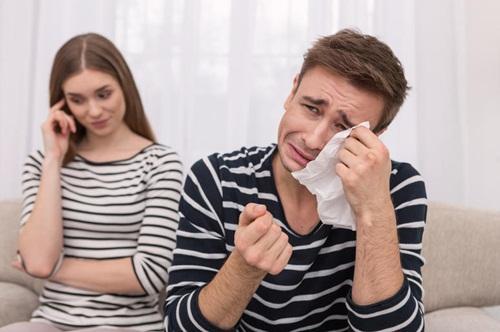 Tìm thấy cuốn nhật ký ghi lại cảnh nhạy cảm giữa vợ và nhân tình-1