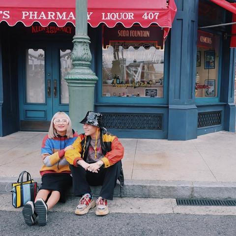 Học Châu Bùi, Decao cách tạo dáng chụp ảnh khi du lịch cùng người yêu-5
