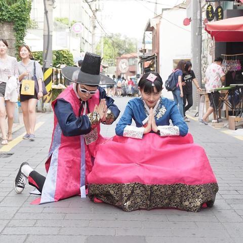 Học Châu Bùi, Decao cách tạo dáng chụp ảnh khi du lịch cùng người yêu-14