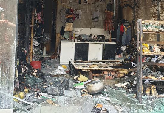 Đến đòi con bất thành, chồng cũ tẩm xăng đốt nhà vợ cũ ở Hải Phòng-3