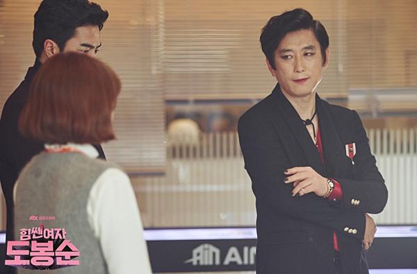 9 gương mặt gạo cội xứ Hàn phim nào cũng thấy-9