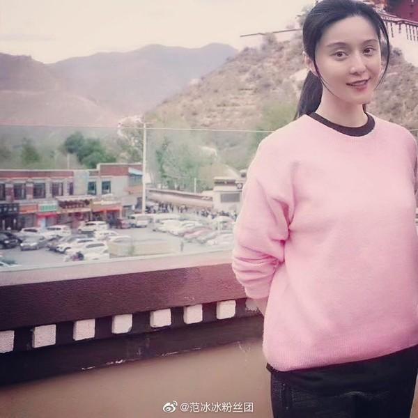 Ngày thứ 2 thiện nguyện ở Tây Tạng, Phạm Băng Băng phải thở oxy vì thời tiết-7