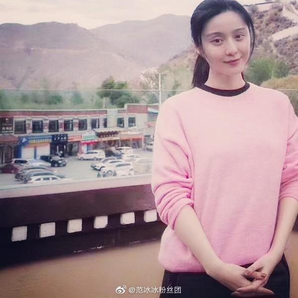 Ngày thứ 2 thiện nguyện ở Tây Tạng, Phạm Băng Băng phải thở oxy vì thời tiết-8