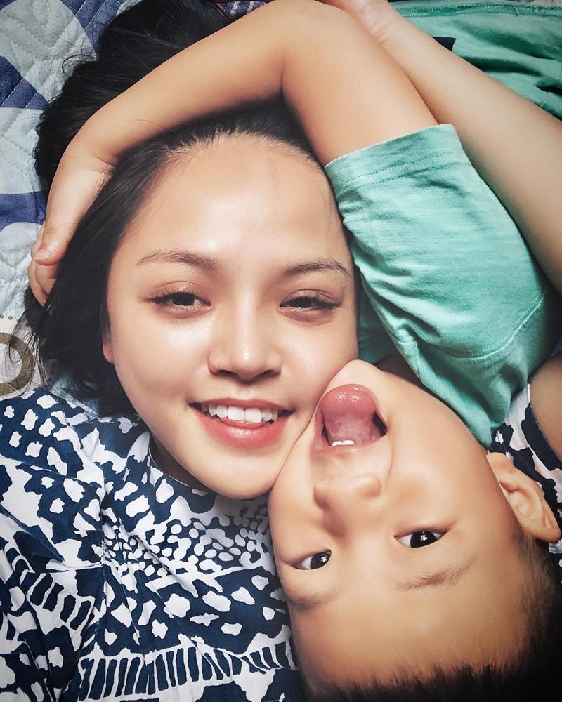 Không còn thả thính online, Ngô Kiến Huy bất ngờ xác nhận là vợ chồng với BB Trần-8