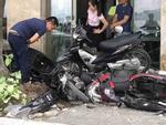 Hiện trường vụ xe điên lao vỉa hè đâm nát 6 xe máy trên phố Hà Nội-1