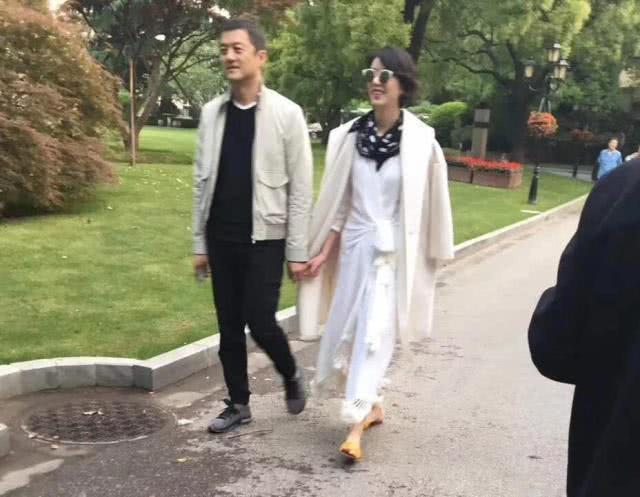 Lý Á Bằng say đắm bạn gái mới giàu có sau 6 năm ly hôn Vương Phi-2