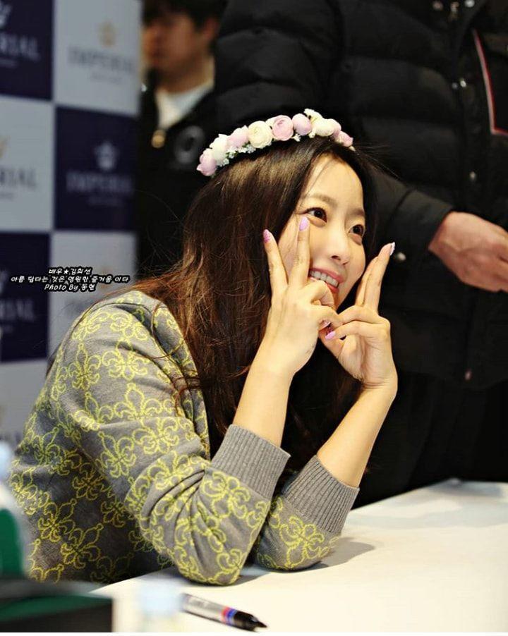 Truyền thông xứ Hàn lên án fan Trung Quốc quan tâm thái quá tới nhẫn cưới của Song Joong Ki - Song Hye Kyo-11