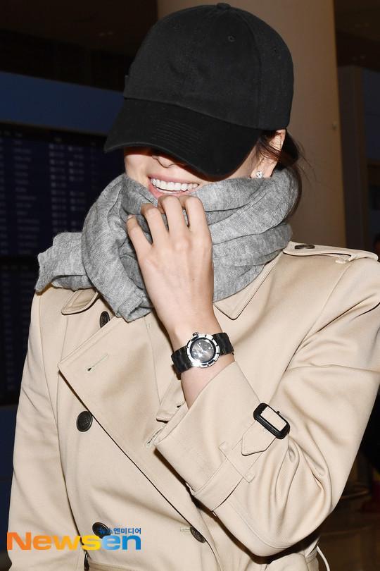 Truyền thông xứ Hàn lên án fan Trung Quốc quan tâm thái quá tới nhẫn cưới của Song Joong Ki - Song Hye Kyo-7