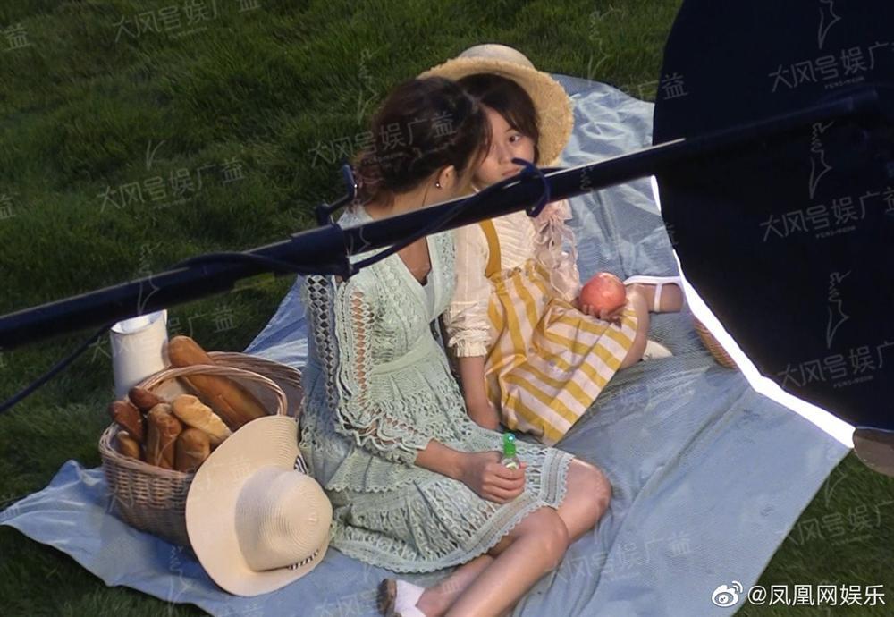 Lộ vòng eo phình to bất thường, Lâm Tâm Như vướng nghi án mang thai lần hai ở tuổi 43-2