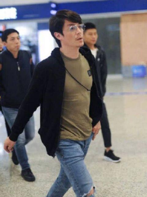 Lộ vòng eo phình to bất thường, Lâm Tâm Như vướng nghi án mang thai lần hai ở tuổi 43-5