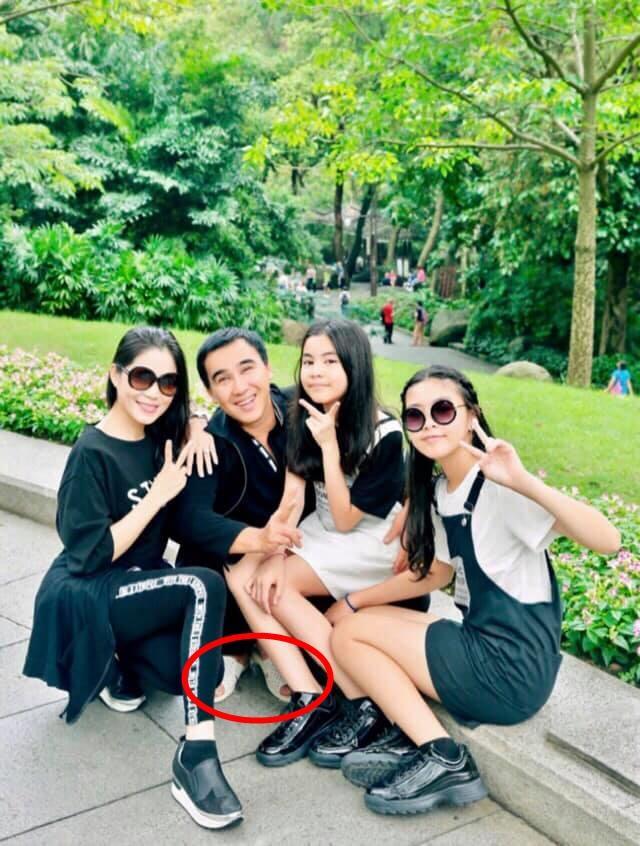 Cư dân mạng đòi hải quan tịch thu một thứ đồ rất đáng yêu của MC Quyền Linh khi đi du lịch với gia đình-5