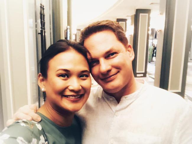 Khép lại hôn nhân với diva Hồng Nhung, chồng cũ ngoại quốc đang tận hưởng những ngày tháng hạnh phúc bên người vợ mới-11