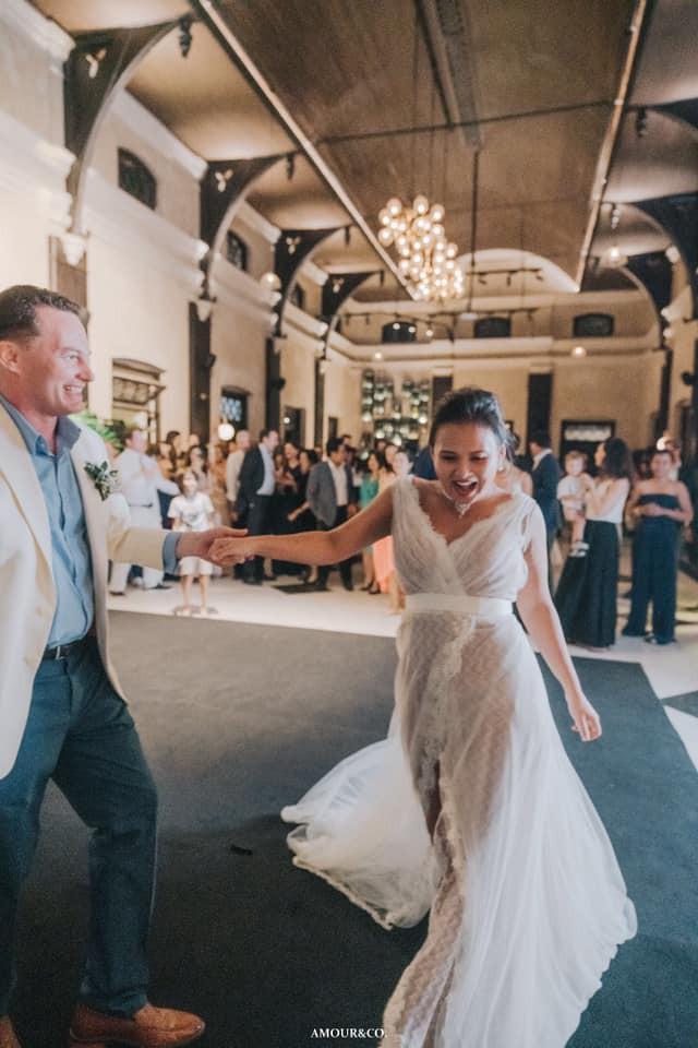 Khép lại hôn nhân với diva Hồng Nhung, chồng cũ ngoại quốc đang tận hưởng những ngày tháng hạnh phúc bên người vợ mới-7