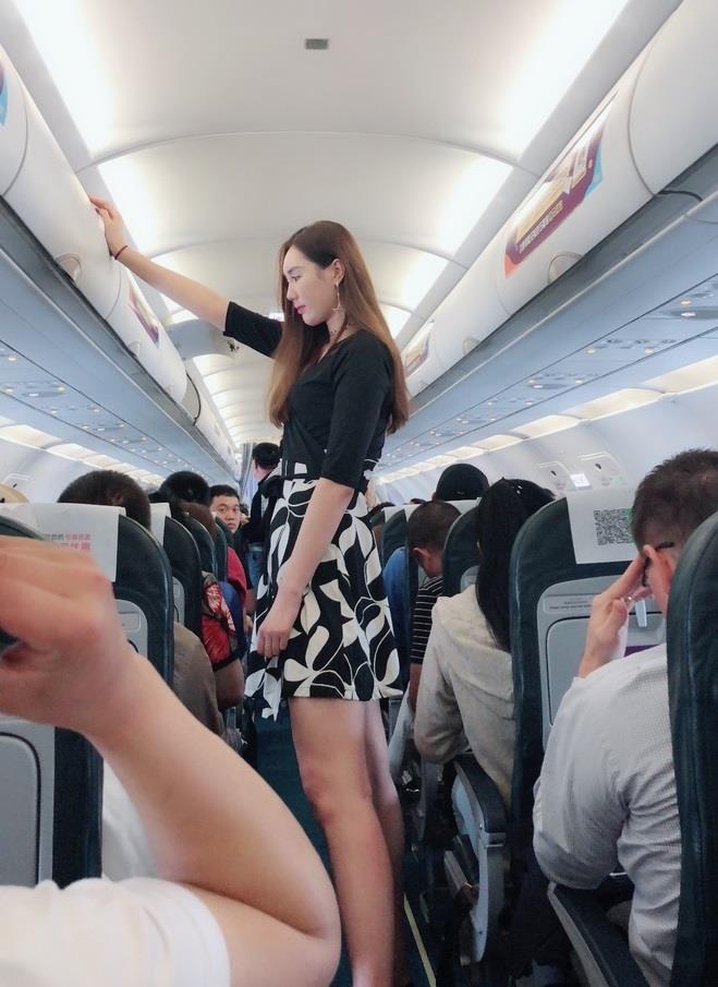 9X Trung Quốc luôn thành tâm điểm chú ý vì chiều cao 1,88 m-6