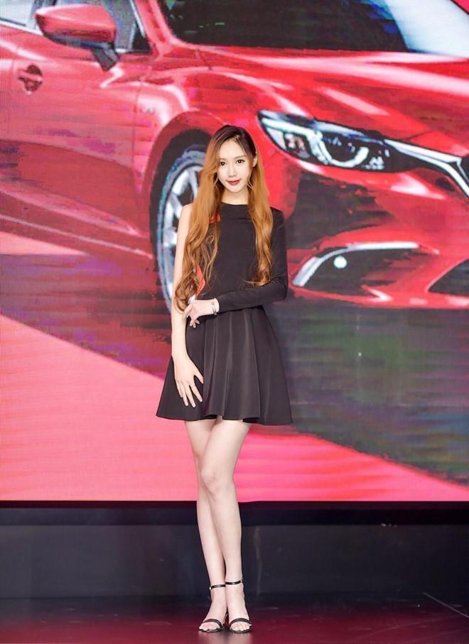 9X Trung Quốc luôn thành tâm điểm chú ý vì chiều cao 1,88 m-7