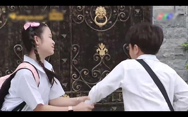 Hae Ri của Gia đình là số 1 bản Việt dùng nhạc Đông Nhi cua lại bạn trai cũ-3