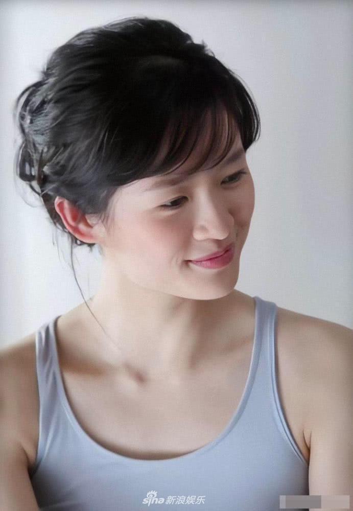 Vẻ đẹp thuần khiết của Chương Tử Di năm 24 tuổi làm dậy sóng mạng xã hội-6