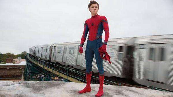 Spider-Man: Far From Home chưa ra mắt, Tom Holland đã hăng hái muốn đóng thêm 20 phim có Người Nhện nữa-2