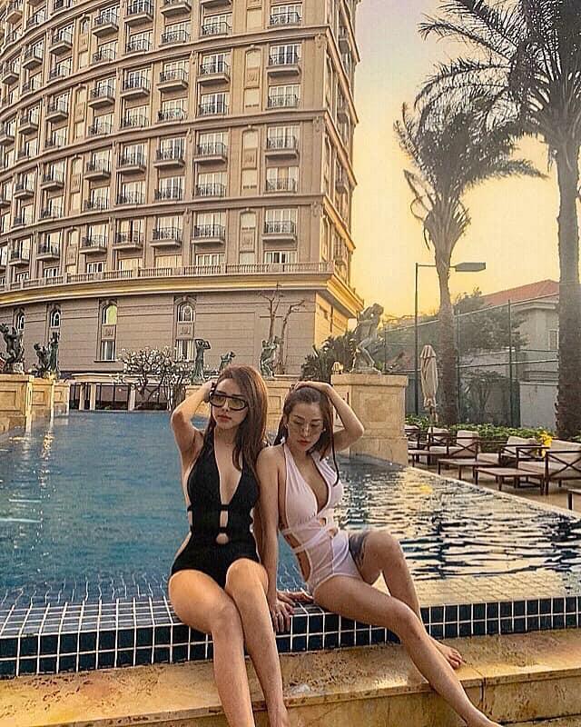 Trước khi chụp ảnh cưới phơi ngực trần, cặp đồng tính nữ đình đám giới trẻ Việt nổi tiếng đã đẹp lại còn bốc lửa-11