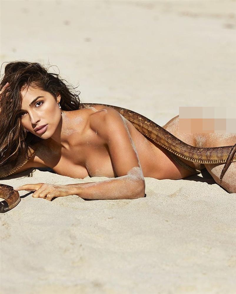 Bản tin Hoa hậu Hoàn vũ 9/5: Cố nhân 7 năm không gặp của Diễm Hương phơi ngực trần quá táo bạo-3