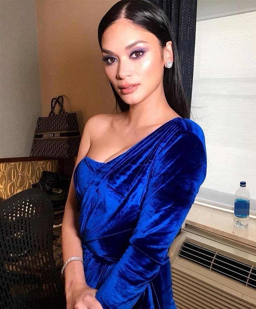 Bản tin Hoa hậu Hoàn vũ 9/5: Cố nhân 7 năm không gặp của Diễm Hương phơi ngực trần quá táo bạo-10