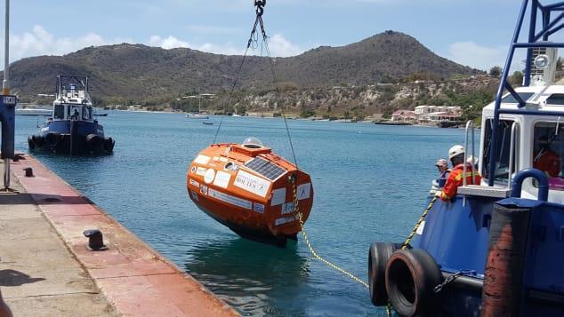 Người đàn ông 71 tuổi vượt Đại Tây Dương trong chiếc thùng khổng lồ-1
