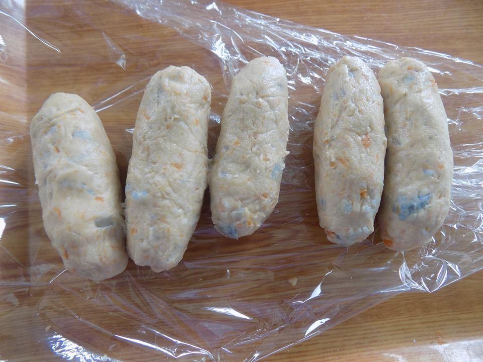 Cách làm bánh chuối khoai lang chiên giòn rụm, ăn hoài không biết chán-3