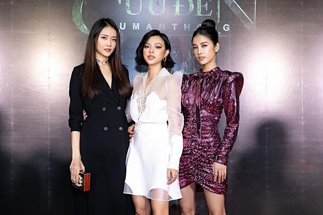 Quay phim về Kumanthong, Tú Hảo gặp hiện tượng kỳ lạ đến nỗi phải bỏ diễn-8