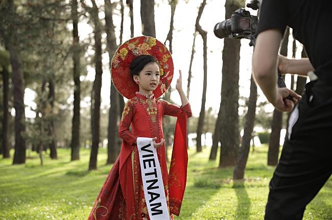 Đại diện Việt Nam đăng quang Hoa hậu Hoàn vũ nhí thế giới 2019-3