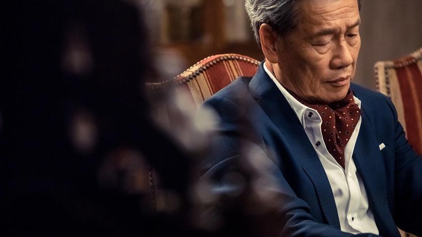 Các diễn viên TVB ở tuổi xưa nay hiếm vẫn lăn lộn ở phim trường-7