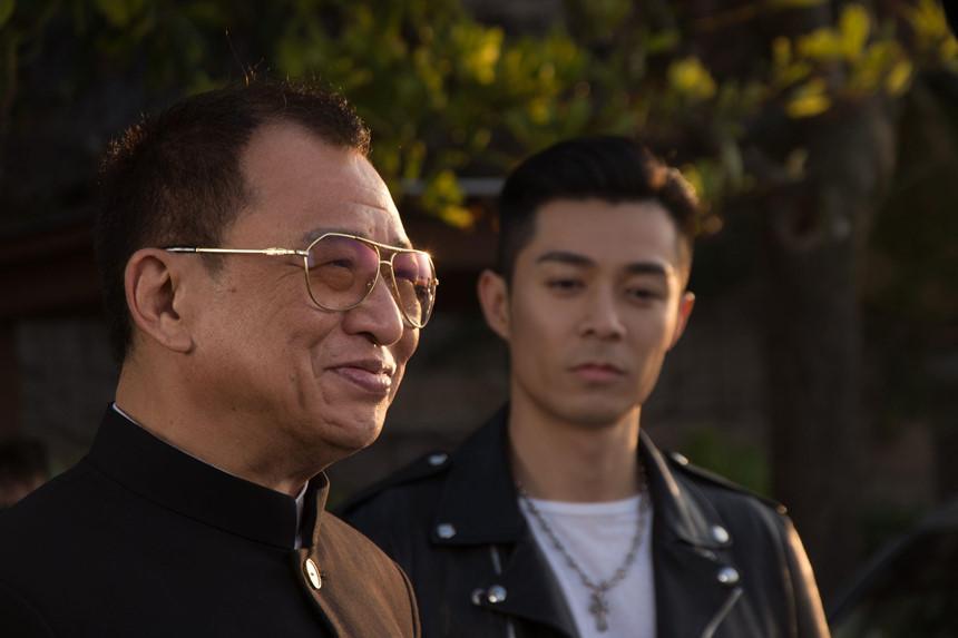 Các diễn viên TVB ở tuổi xưa nay hiếm vẫn lăn lộn ở phim trường-9