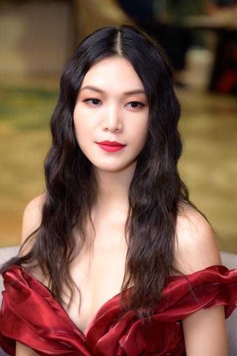 Hoa hậu Thùy Dung: Tôi đau về thể xác, tinh thần vì người yêu quá ghen tuông-1