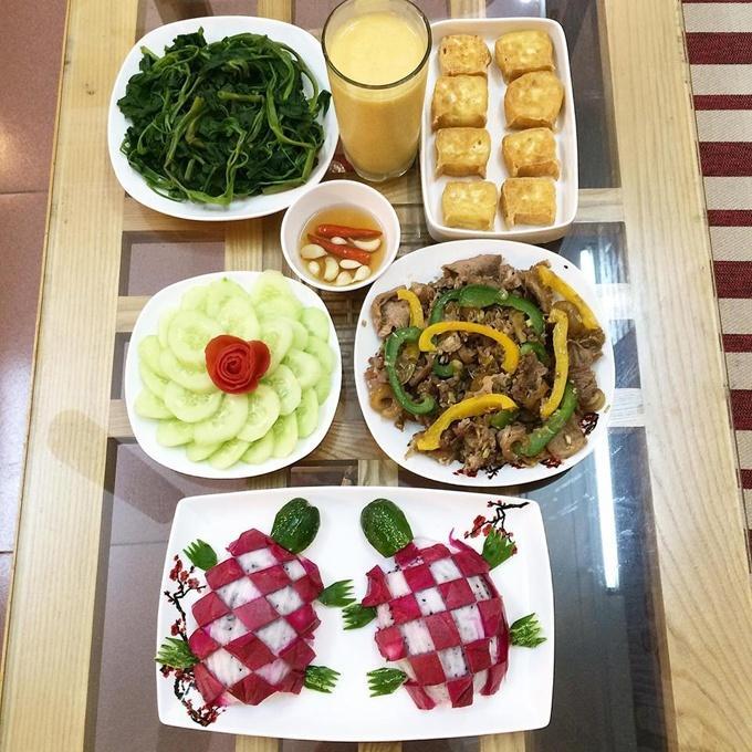 Mâm cơm của vợ đảm khiến chồng đi đâu cũng nhớ về nhà ăn cơm-9