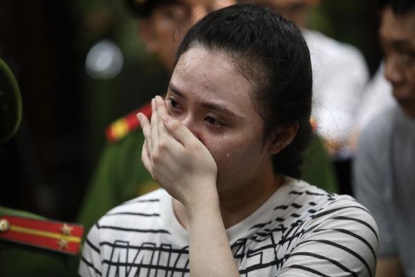 Linh Chi gây tranh cãi khi công khai ủng hộ hot girl Ngọc Miu-1
