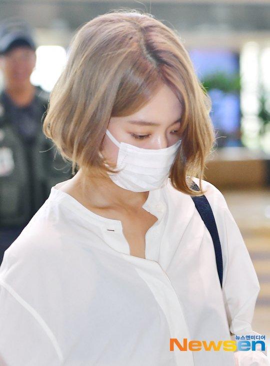 Park Shin Hye trẻ trung khác lạ khi biến hóa với tóc màu nổi-1