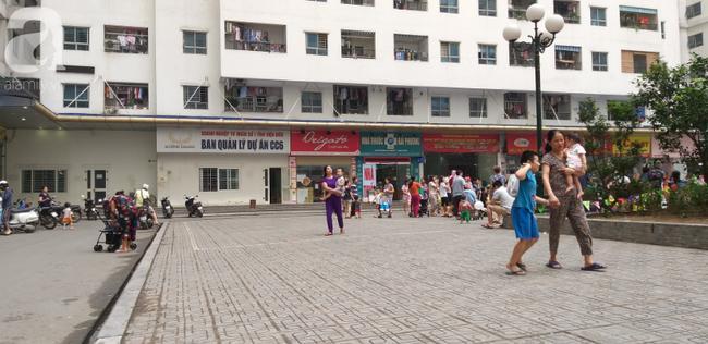 Túi rác bị ném từ tầng 36 chung cư HH Linh Đàm xuống sân, bé trai 4 tuổi thoát nạn trong gang tấc-3