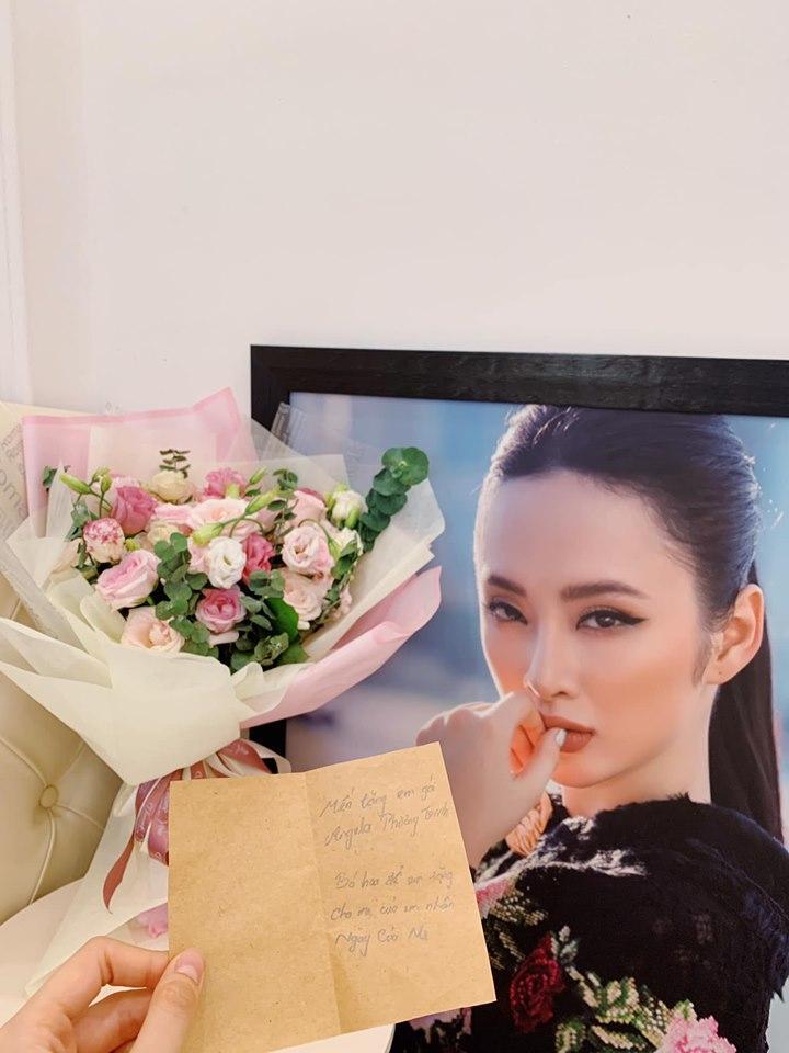 Đăng ảnh Tăng Thanh Hà, Louis Nguyễn không quên thả trái tim yêu thương cho bà xã xinh đẹp-8