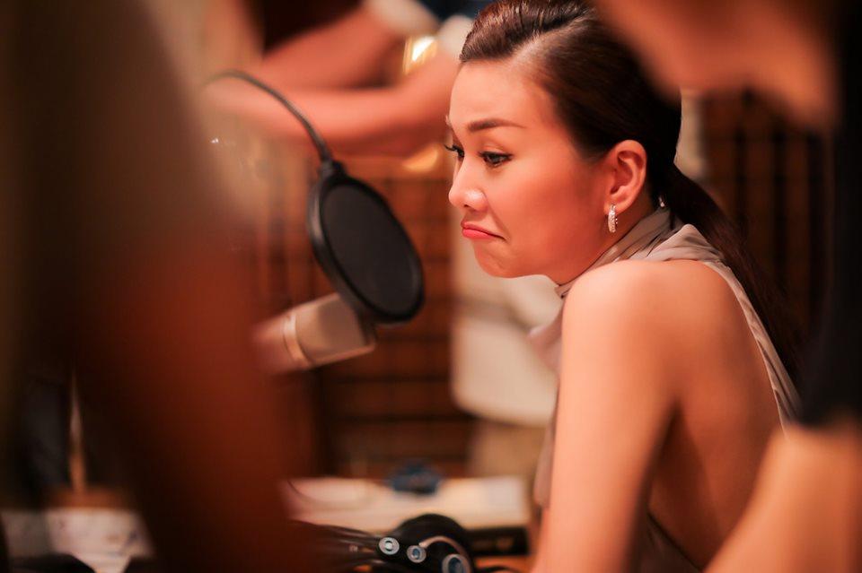 Đăng ảnh Tăng Thanh Hà, Louis Nguyễn không quên thả trái tim yêu thương cho bà xã xinh đẹp-3