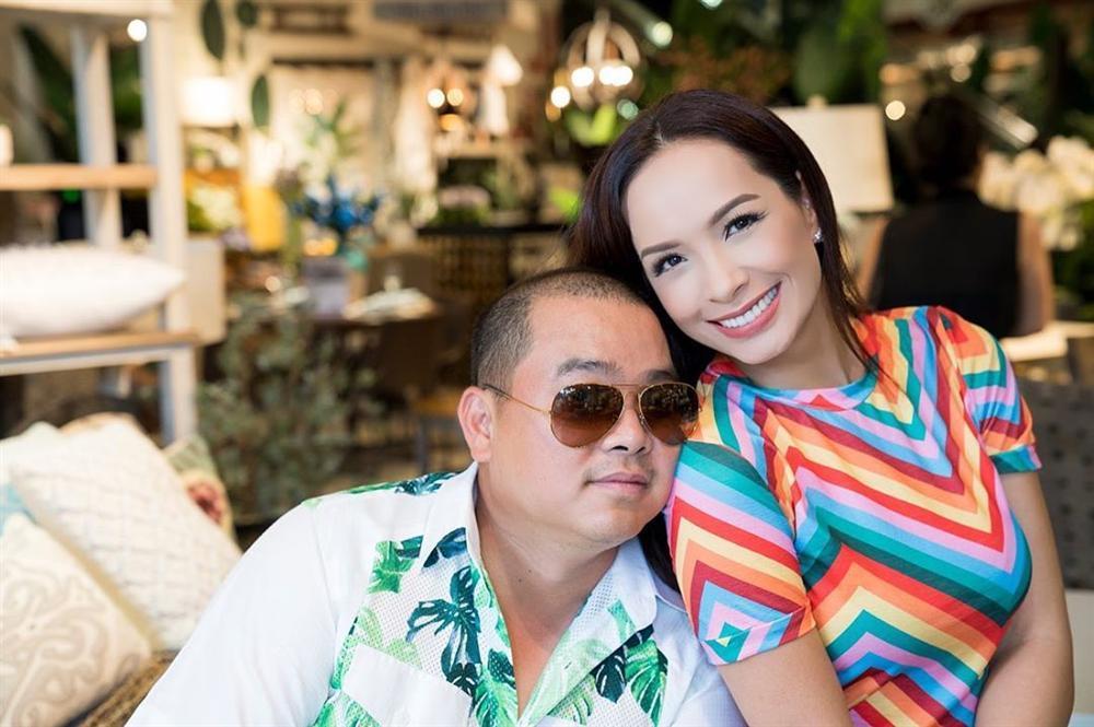 Đăng ảnh Tăng Thanh Hà, Louis Nguyễn không quên thả trái tim yêu thương cho bà xã xinh đẹp-10