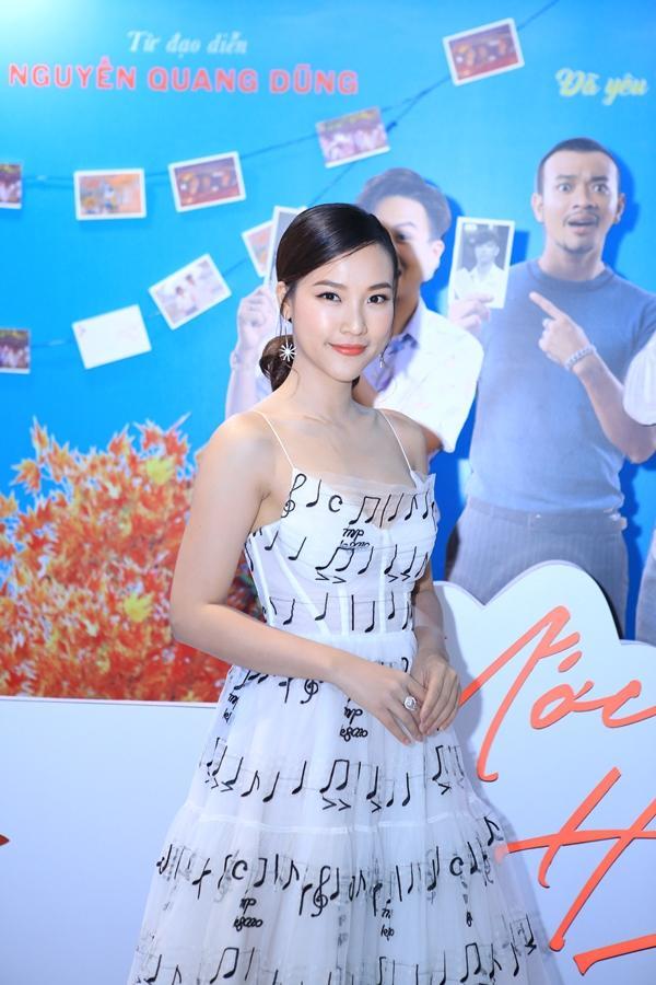 Hoàng Oanh nói về scandal của tình cũ: Anh ấy không nhờ chẳng lẽ tôi nhảy vào giúp?-1
