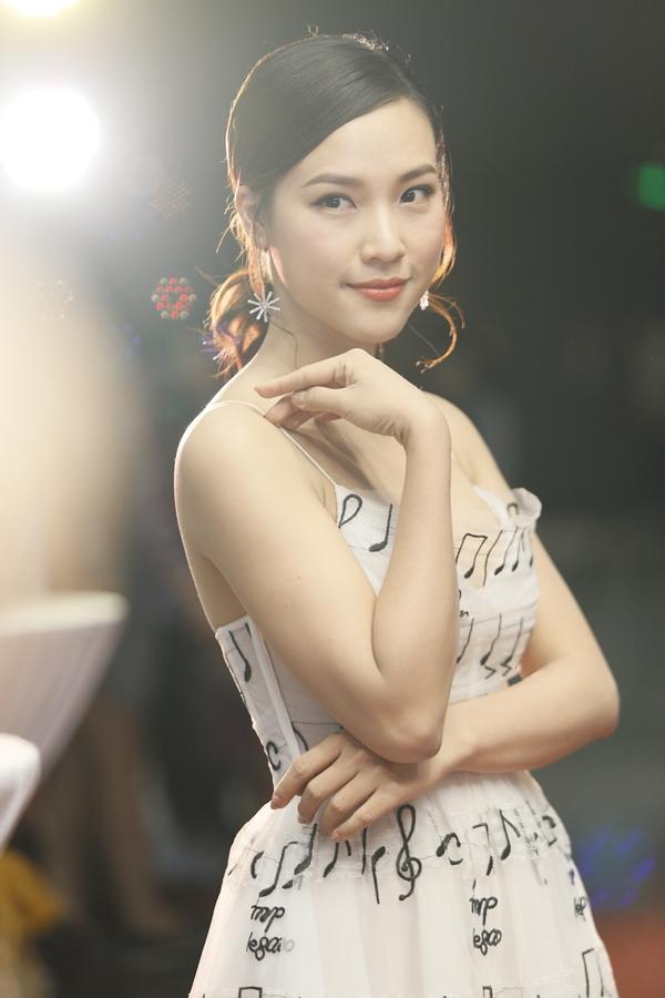 Hoàng Oanh nói về scandal của tình cũ: Anh ấy không nhờ chẳng lẽ tôi nhảy vào giúp?-3