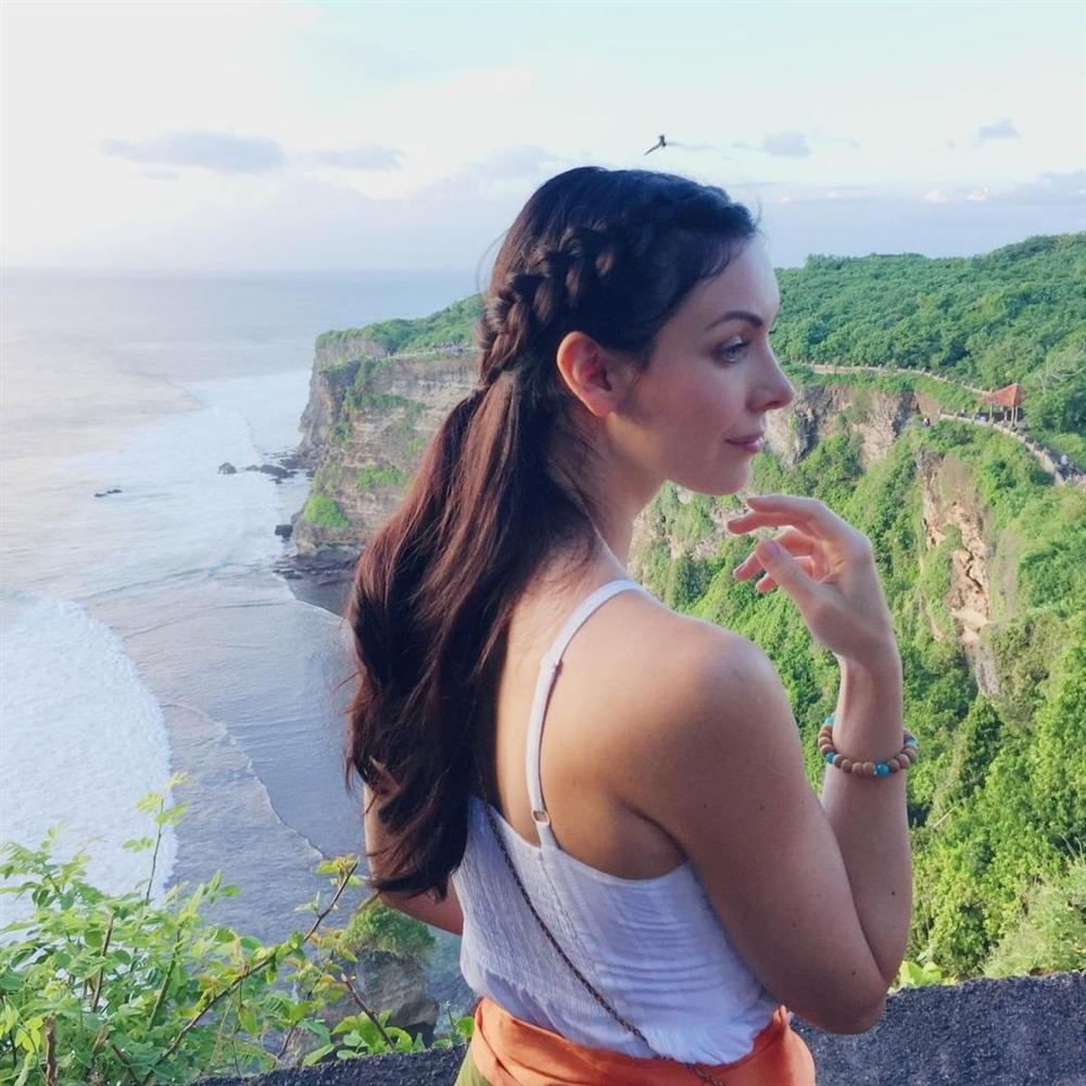 Bản tin Hoa hậu Hoàn vũ 11/5: Bất ngờ trước dung nhan lột xác của mẹ HHen Niê-5