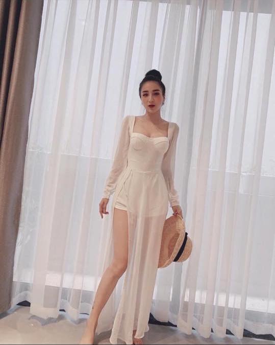 Thảm họa mua hàng online: mua đầm trắng sương sương mà nhận về trang phục y hệt mẹ ma than khóc-1